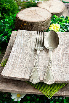 Mythja  Photography - Rustic table setting