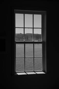 Marilyn Wilson - Sea Glimpse - black and white