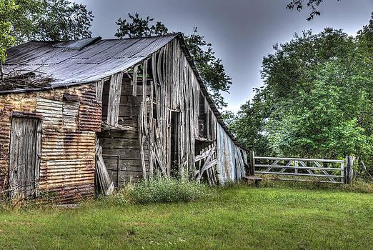 Summer Barn by Lisa Moore
