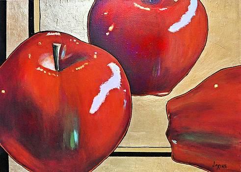 The big Apple by JAXINE Cummins