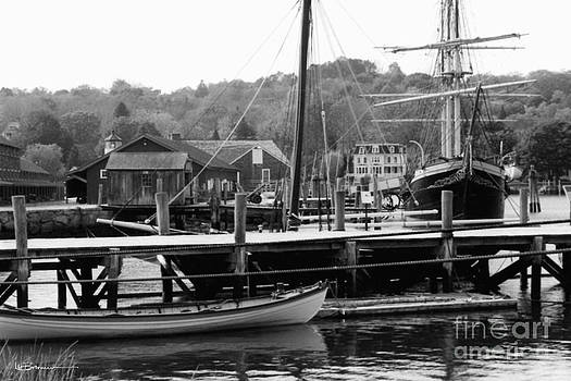 The Long Boats by Leslie M Browning