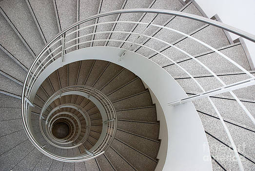 Hannes Cmarits - the spiral