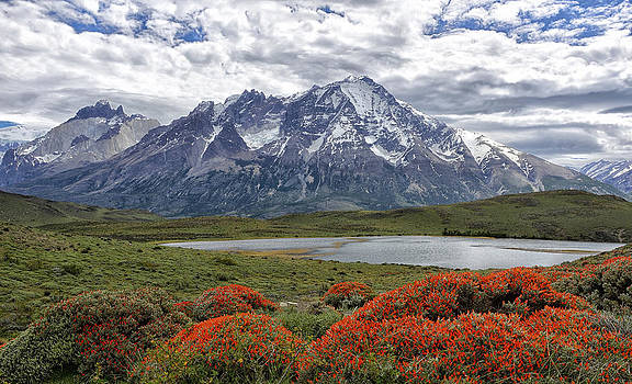 Torres del Paine by Claudio Bacinello