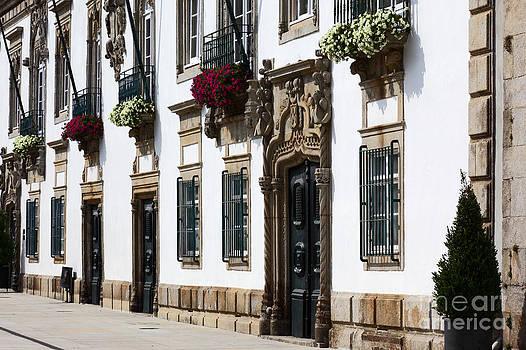 James Brunker - Viana do Castelo Portugal