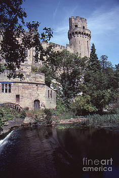 Warwick Castle by David Pettit