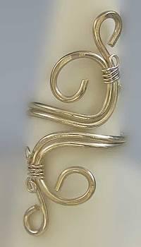 Dianne Brooks - 1153 Sterling Adjustable Ring