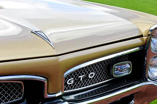 Jill Reger - 1967 Pontiac GTO Grille Emblem 2