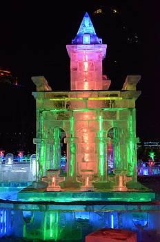 Ice sculpture by Brett Geyer