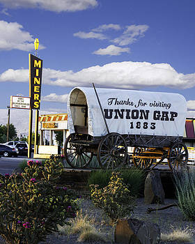 Miners Drive In by Duane King