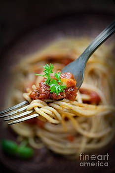 Mythja  Photography - Pasta with tomato sauce