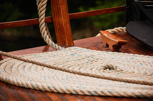 Rope circle by Dany Lison