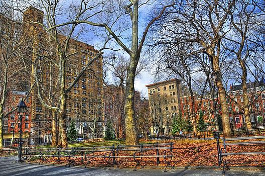 Washington Square Park by Randy Aveille
