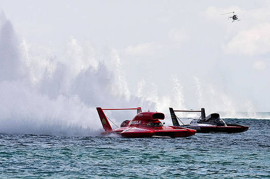 2009 Detroit APBA Gold Cup Race by James Marvin Phelps
