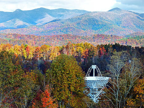 26 East Antenna and the Blueridge by Duane McCullough