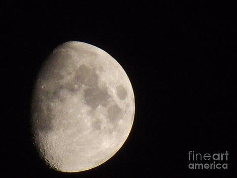 3/4 Moon by Fergus Mitchell