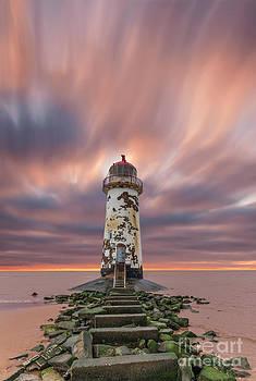 Deserted Lighthouse by Bahadir Yeniceri