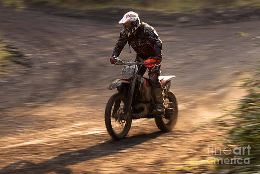Angel  Tarantella - Enduro race