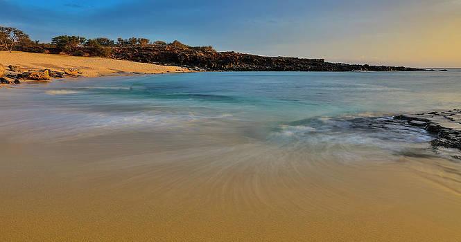 Kawakiu Nui Beach On Molokais West End by Richard A Cooke Iii.
