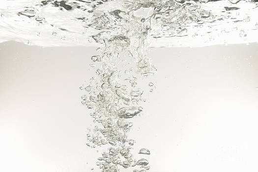 Bubbles underwater by Sami Sarkis