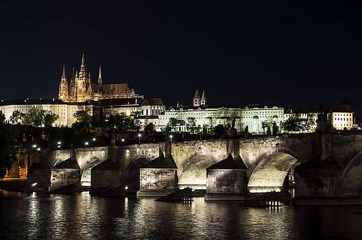 Prague at night. by Fernando Barozza