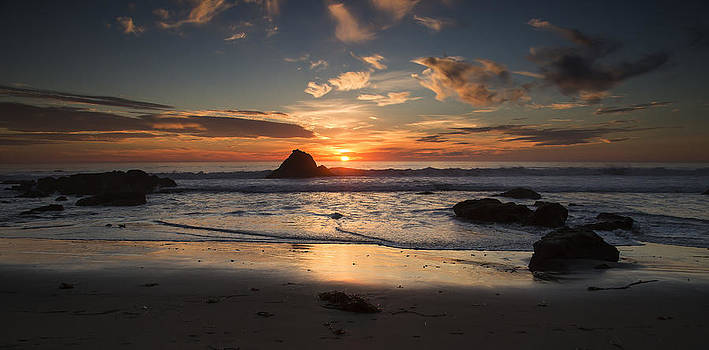 San Simeon Sunset by Jose M Beltran