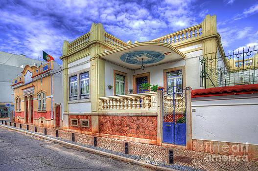 English Landscapes - A Faro House