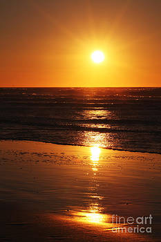 LHJB Photography - A golden sunset at the beach of Egmond aan Zee