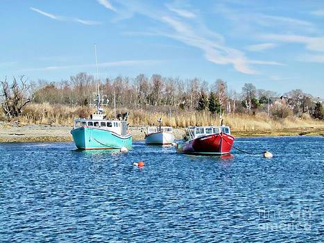 A Good Day To Fish by Roxanne Marshal