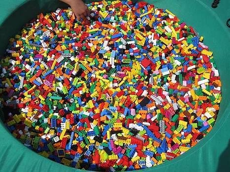 Alfred Ng - a pool of legos