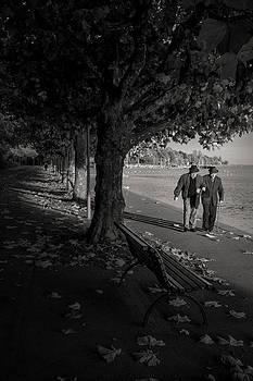 A walk in the park by Antonio Jorge Nunes