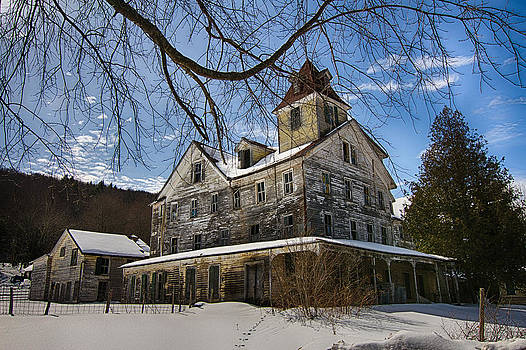 Abandoned Hotel by Robert Wirth