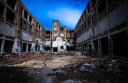 Abandoned Packard Plant by Daniel Mercadante