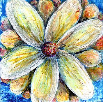 Regina Valluzzi - Abstract daisy