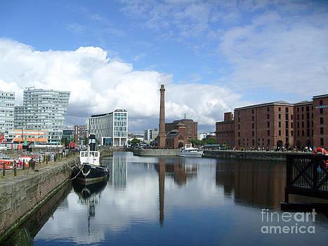 Albert Dock Liverpool. by Tony Hoy