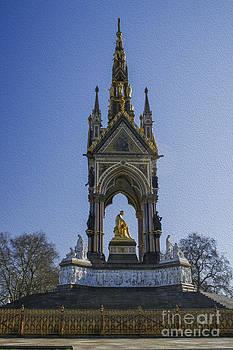 Patricia Hofmeester - Albert Memorial London