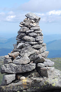 Algonquin cairn by David Seguin