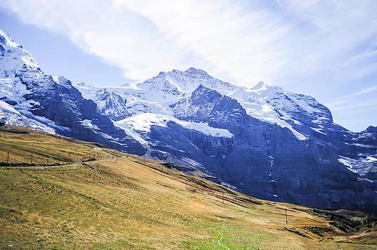 Alpine Alps by Chaiyaphong Kitphaephaisan