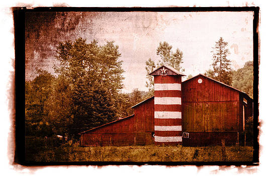 American Barn by Tom Wenger
