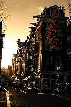 Amsterdam Street Scene by Fraser McCulloch