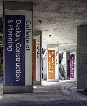 Lynn Palmer - Architecture Building Colonnade