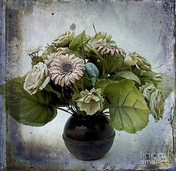 BERNARD JAUBERT - Artificial flowers