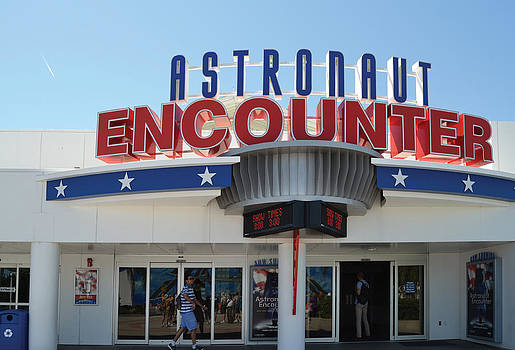 Astronaut Encounter by Harold Shull