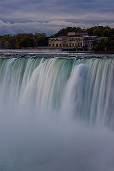 At Nigara Falls by Kaye Seaboch