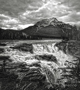 Gregory Dyer - Athabasca Falls - Jasper National Park - black and white