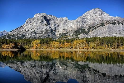 Autumn Colors by Mick Logan