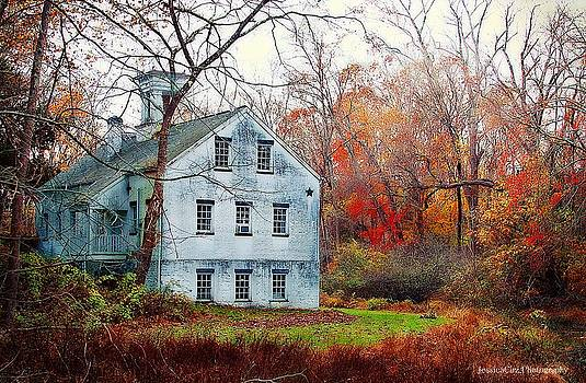 Autumn Farmhouse by Jessica Cirz