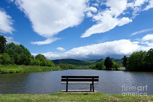 BERNARD JAUBERT - Auvergne lake. France