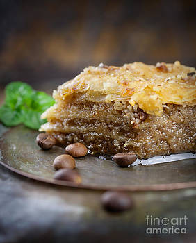 Mythja  Photography - Baklava pastry dessert