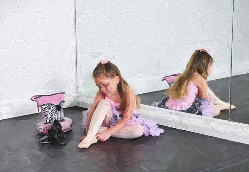 Ballet Class 2 by Tazz Anderson