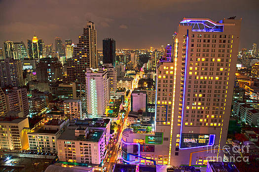 Fototrav Print - Bangkok city skyline at night